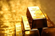 Big Price Cuts at UAE Jewellery Shops as Gold Falls, US Dollar Strengthens