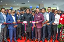 Malabar Gold & Diamonds opens 2 new outlets in UAE; Anil Kapoor inaugurates new showrooms