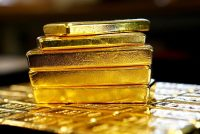 Gold Prices Gain on Falling Equities Markets