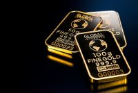 Australia surplus boosted by gold demand
